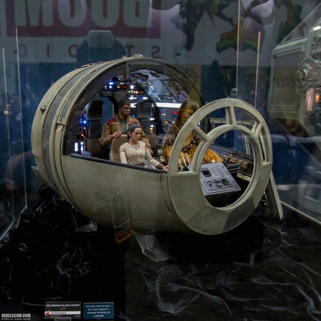 Hot Toys 1/6 Scale Millenium Falcon Cockpit 2016-s18