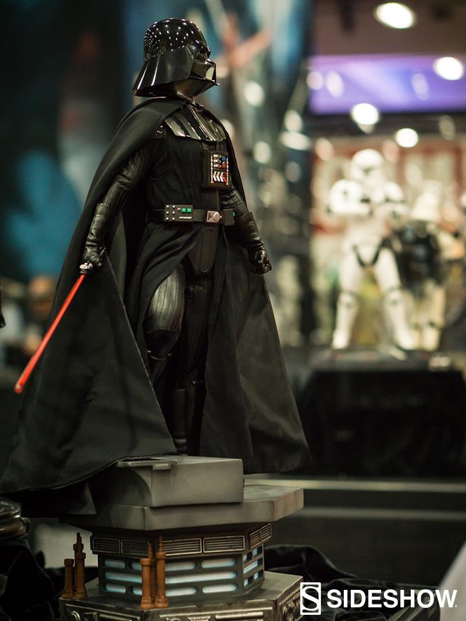 Sideshow - Darth Vader Premium Format Figure  Darthv10