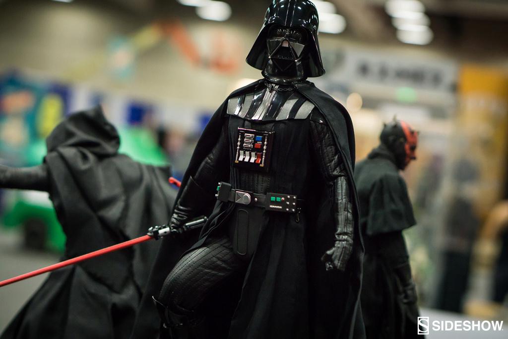Sideshow - Darth Vader Premium Format Figure  Darthv14