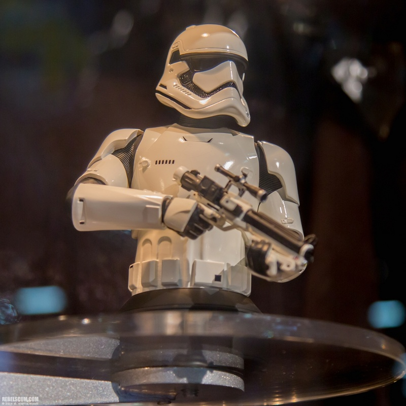 Gentle Giant - Stormtrooper The Force Awakens MiniBust Gentle15