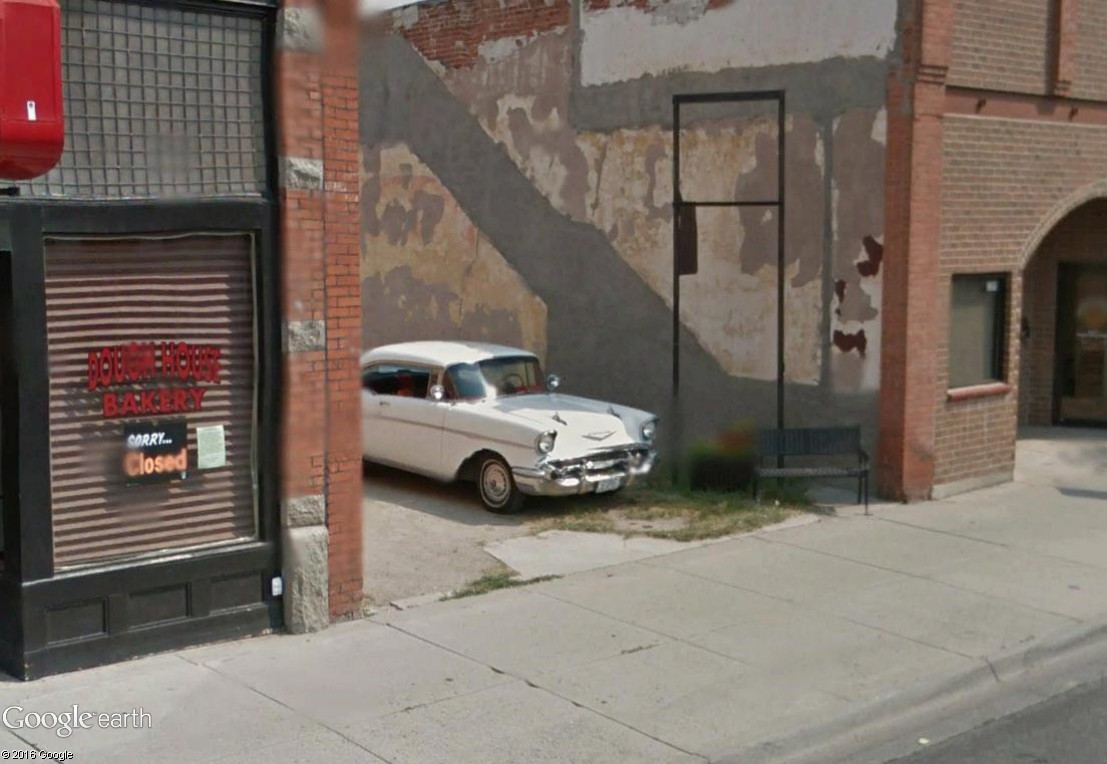 STREET VIEW : les vieilles voitures américaines Anacon14