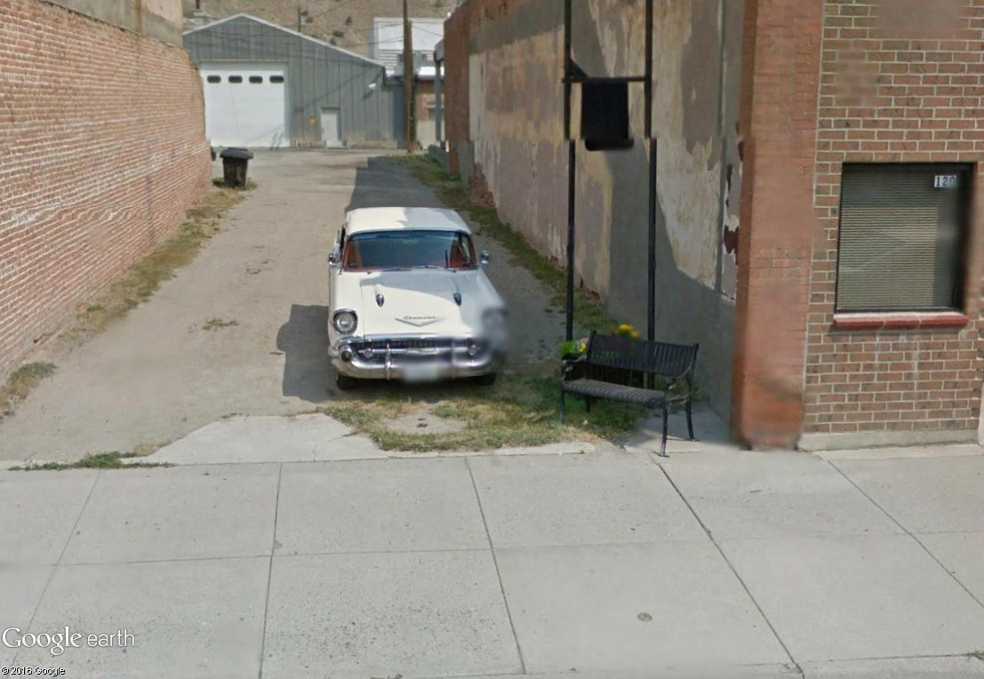 STREET VIEW : les vieilles voitures américaines Anacon15