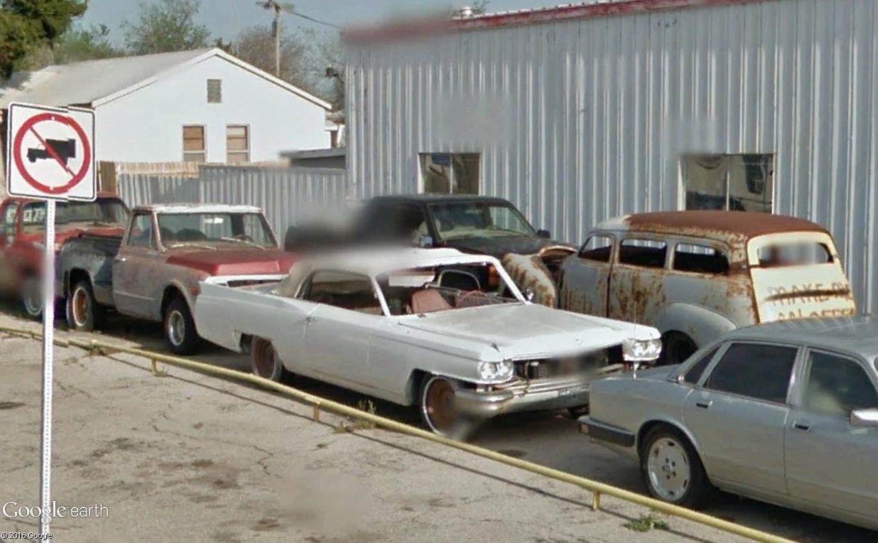 STREET VIEW : les vieilles voitures américaines - Page 2 Belle_11