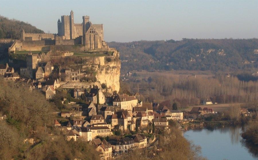 Les Plus Beaux Villages de France - Page 2 Beynac14