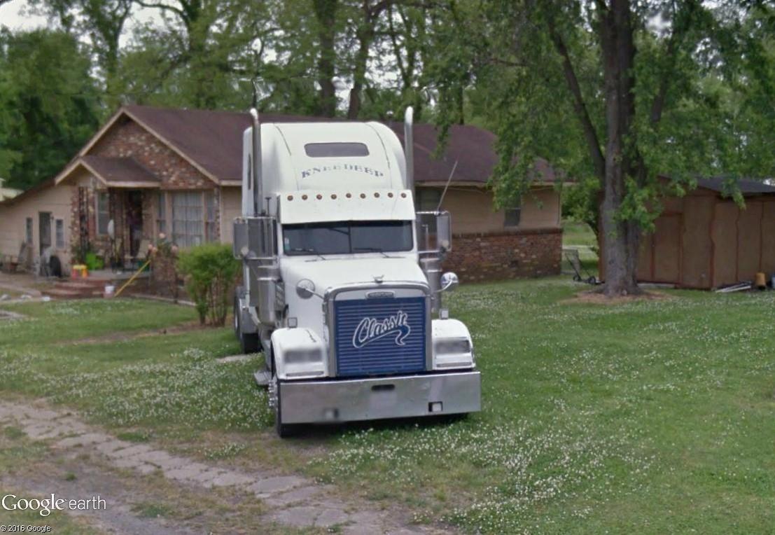 STREET VIEW : les trucks US sous toutes leurs coutures - Page 6 Friar_11