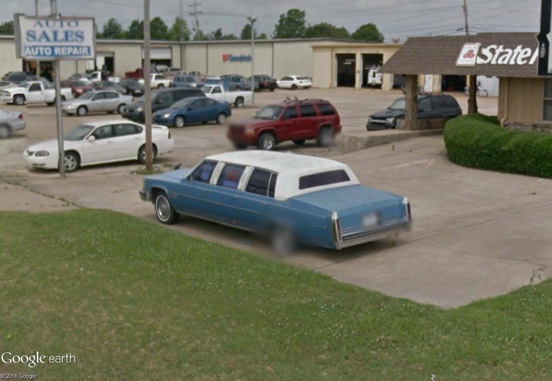 STREET VIEW : les vieilles voitures américaines - Page 2 Limous11