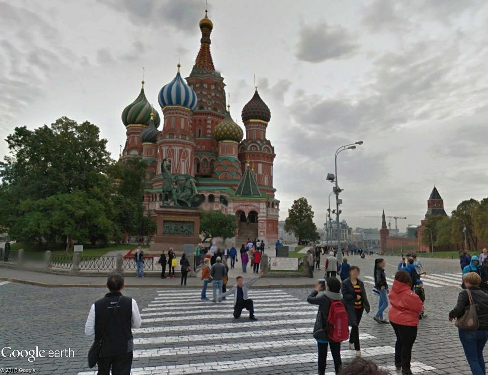 STREET VIEW : photos souvenir - Page 2 Moscou20