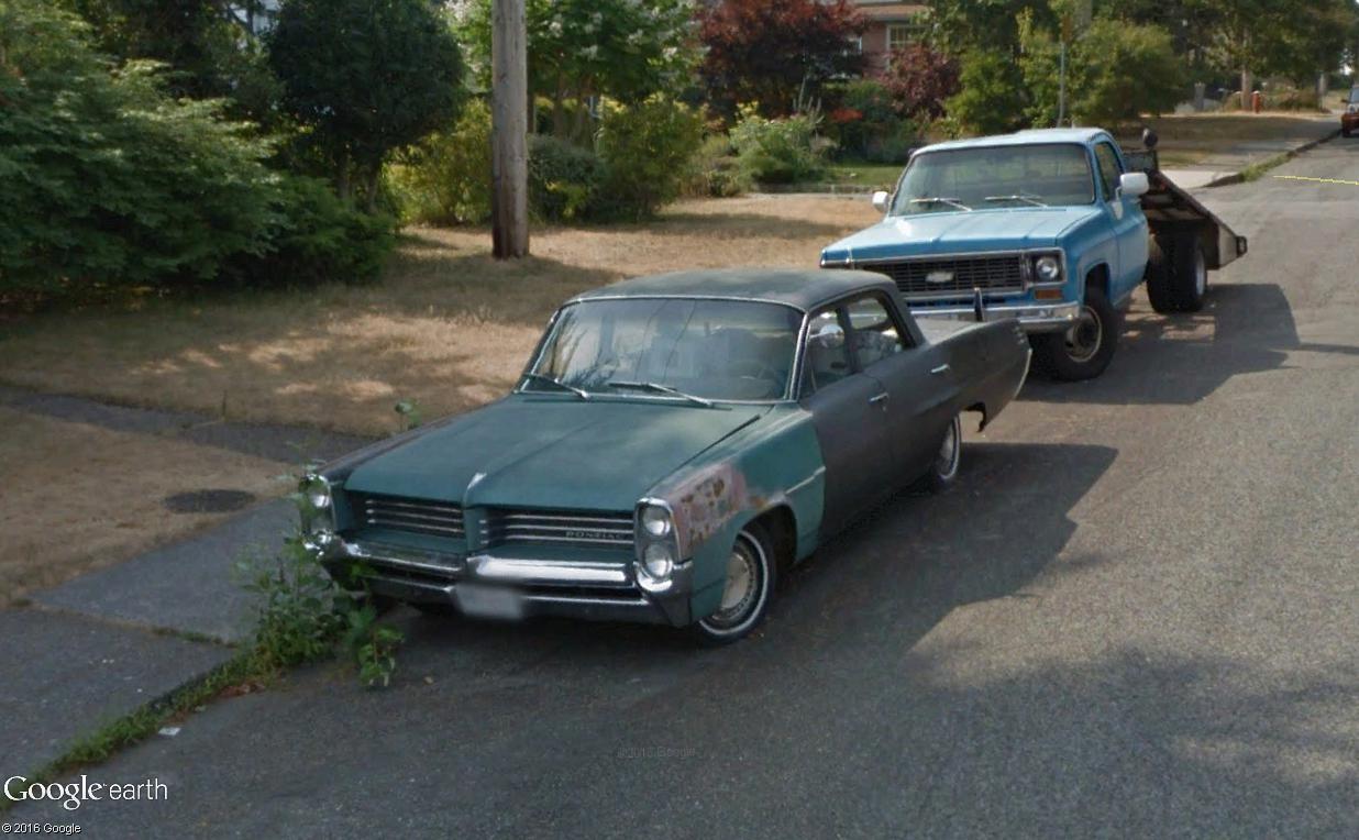 STREET VIEW : les vieilles voitures américaines - Page 2 Pontia12