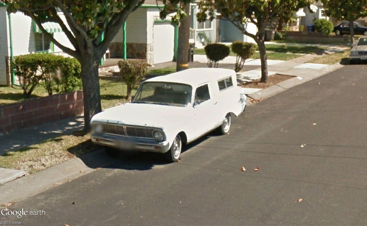 STREET VIEW : les vieilles voitures américaines - Page 2 Ronche10