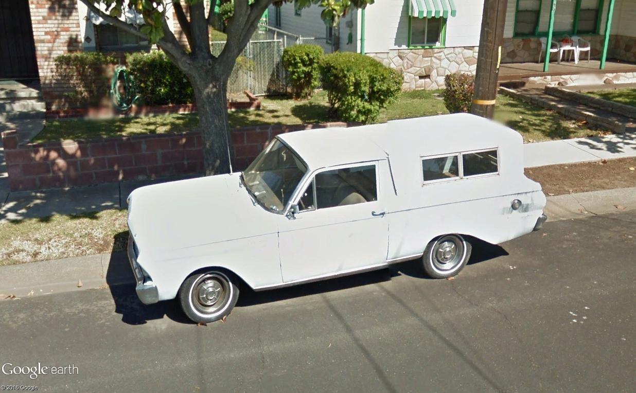 STREET VIEW : les vieilles voitures américaines - Page 2 Ronche12