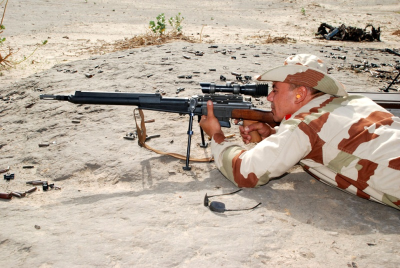 Tchad : Entraînement pour les Commandos de l'Air Entrai11
