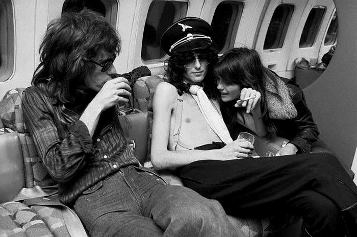 Pictures at eleven - Led Zeppelin en photos Jimmy-11