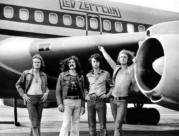 Pictures at eleven - Led Zeppelin en photos Kp32s10