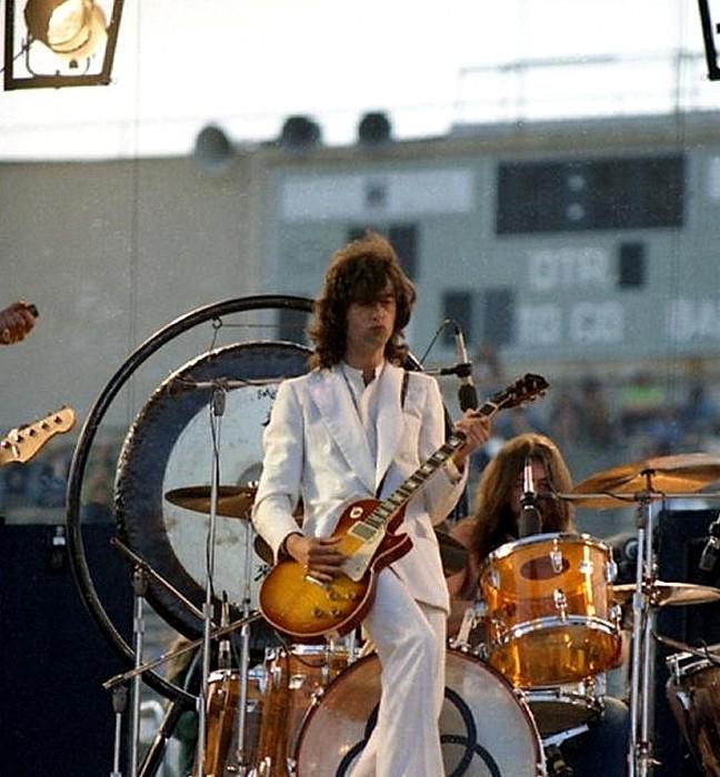 Pictures at eleven - Led Zeppelin en photos Sans_148