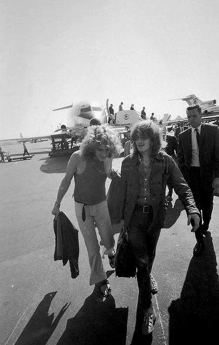 Pictures at eleven - Led Zeppelin en photos Sans_150