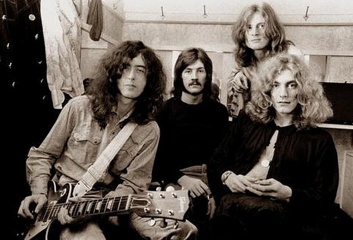 Pictures at eleven - Led Zeppelin en photos - Page 2 Sans_164