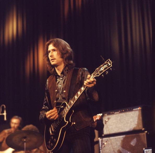 Les 1000 visages d'Eric Clapton - Page 4 Tumbl208