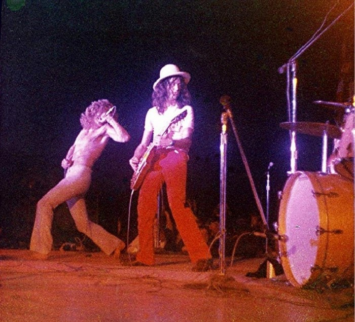 Pictures at eleven - Led Zeppelin en photos - Page 4 Tumbl625