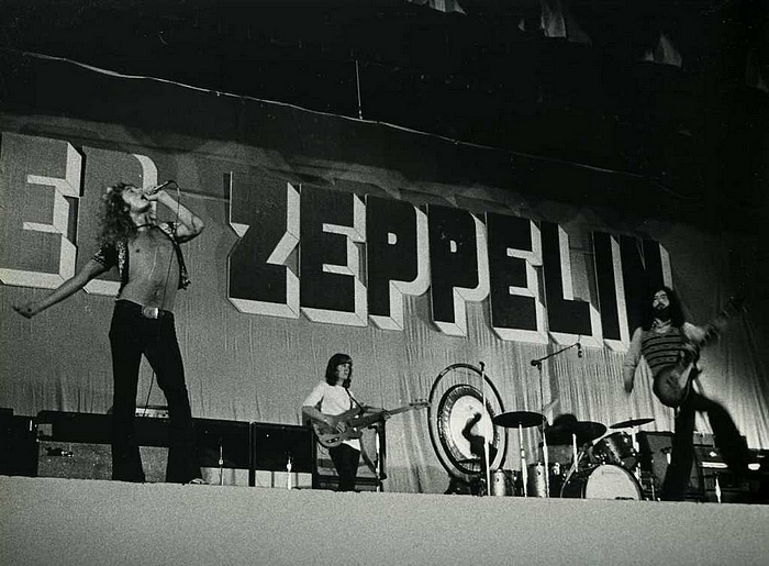 Pictures at eleven - Led Zeppelin en photos - Page 4 Tumbl635