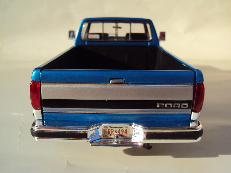 Ford F-250 Monogram stock Dsc01139