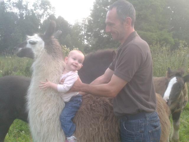 notre petite louise et le lama 2012-011
