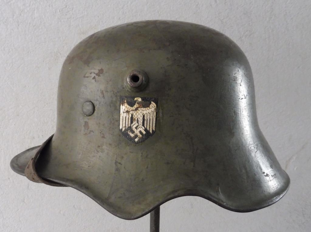 Casque allemand échancrure P1040510