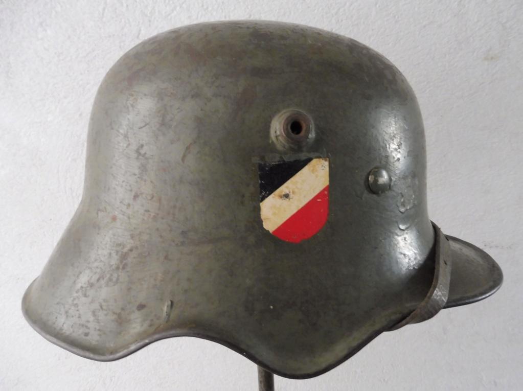 Casque allemand échancrure P1040511