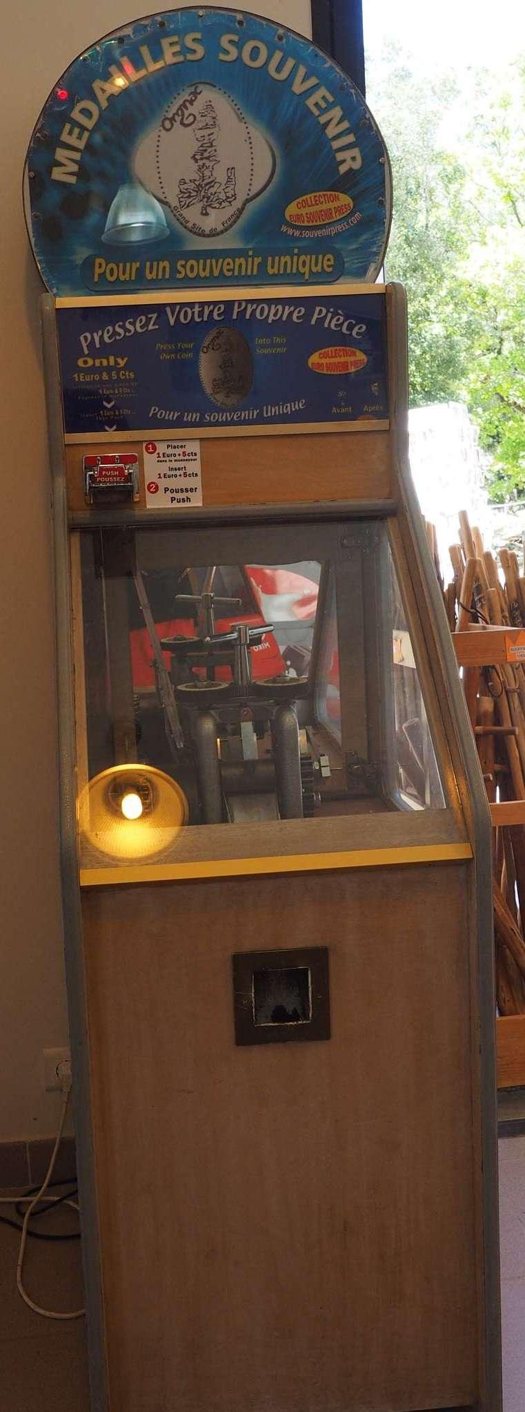 Souvenir Press (SP) Aven_d10