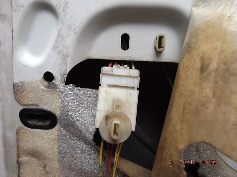 câblage rétroviseur électrique  Dscf8110