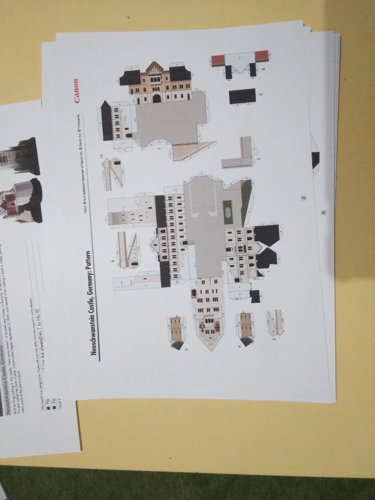 Schloss Neuschwanstein von Papercraft geb. benlut  Img_2092