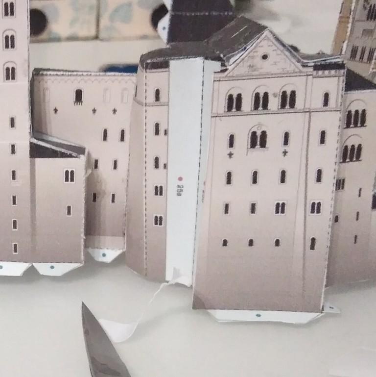 Schloss Neuschwanstein von Papercraft geb. benlut  Img_2096