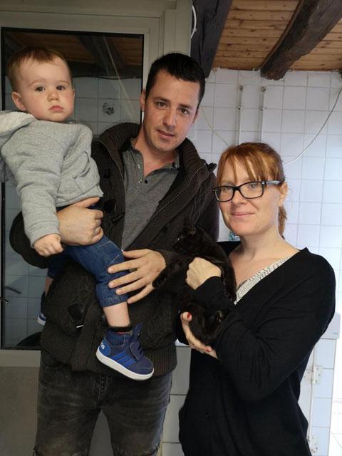 KIT KAT (Noir) Adopt370