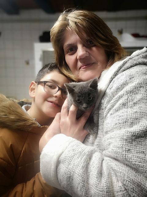 PEPPER (Gris) Adopt414