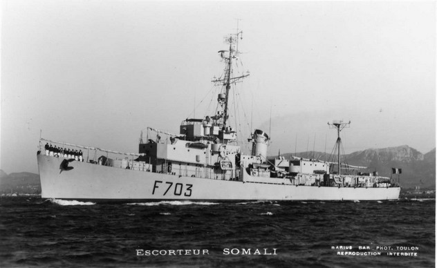 SOMALI (Batiment expérimentation) Esc_so11
