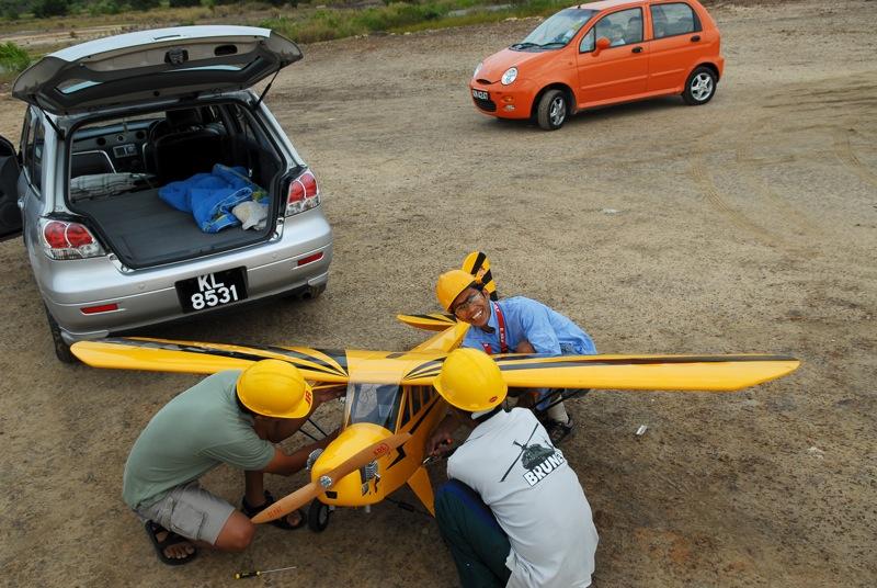 Jerry's 1/3 Scale Piper Cub @ Tanah Jambu Field Jerry_29