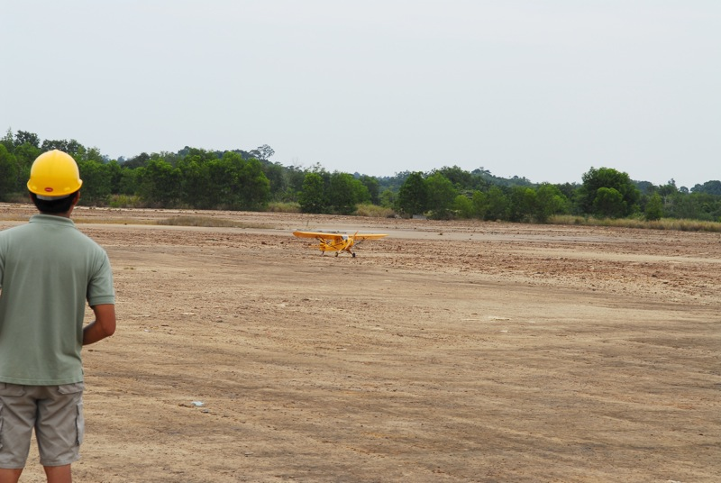 Jerry's 1/3 Scale Piper Cub @ Tanah Jambu Field Jerry_48