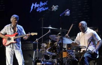 Boomer and John McLaughlin played together Friday night ! Mont910