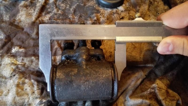 Demande de confirmation compatibilité cylindre de roue. Img_2012
