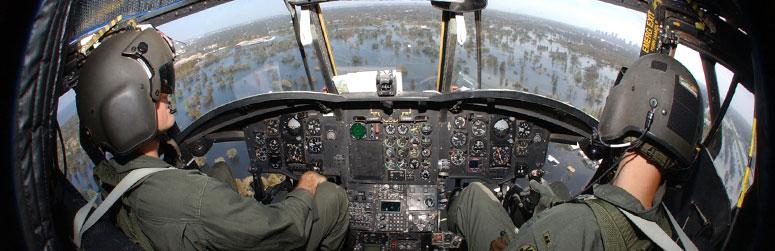 Tenues de vol / Equipements de nos pilotes - Page 3 Hgu-5610