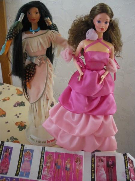 Ma collection de poupées Barbies - Page 5 Imgp1213