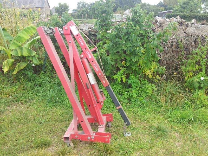 grue d'atelier ou chèvre 1 tonne 20120916