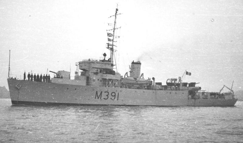 M900 / A954 Adrien De Gerlache (ex HMS Liberty) - Page 10 De_ger10