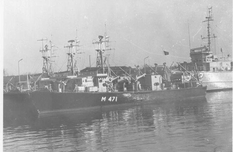 """les dragueurs MSI en service RDS """"Ready Duty Ship"""" - Page 2 M_471_12"""