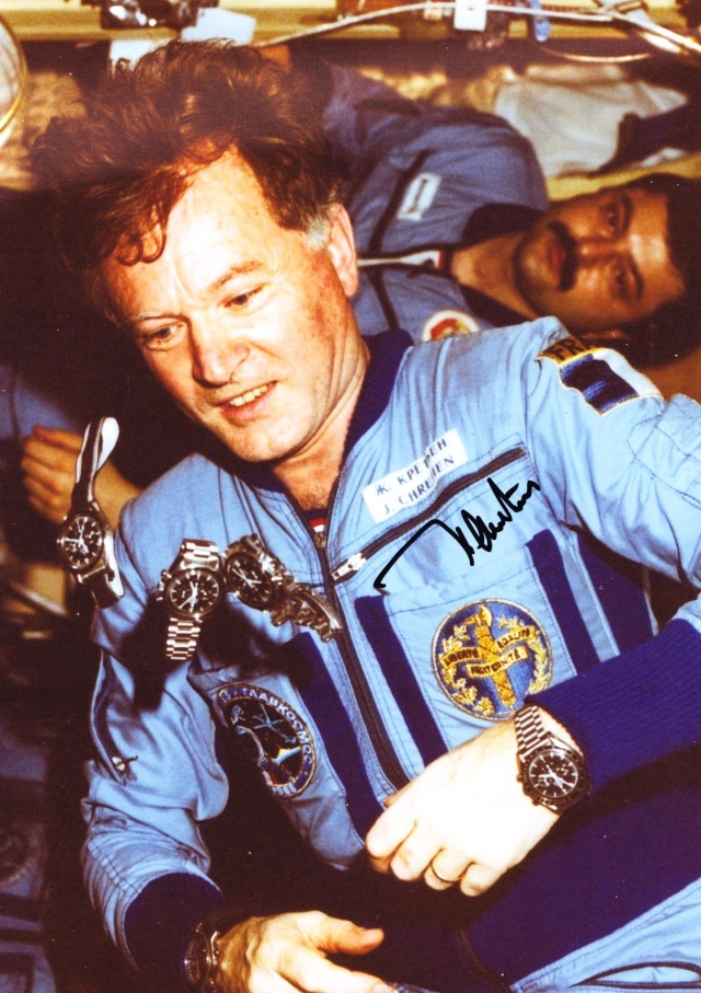 Recherche photos de la montre Yema Spationaute III Aragatz de Jean-Loup Chrétien. Soyouz10