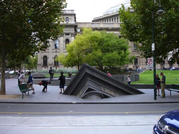 Une sculpture / un sculpteur en passant Petrus10