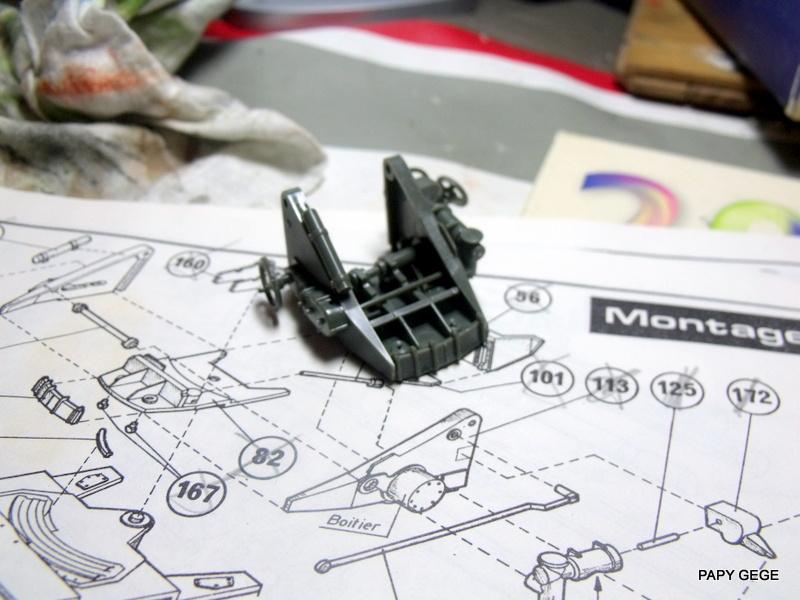 AMX 13 155 Automouvant au 1/35 de heller 11-pds10