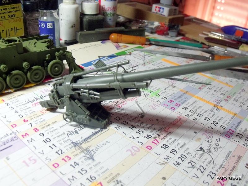 AMX 13 155 Automouvant au 1/35 de heller 12-pds10