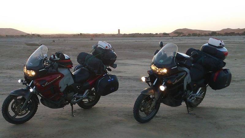 Les vacances approchent, comment charger sa moto au mieux ?   Dsc_0110