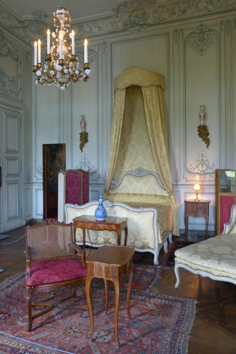 Le château de Champs sur Marne - Page 3 P1020011