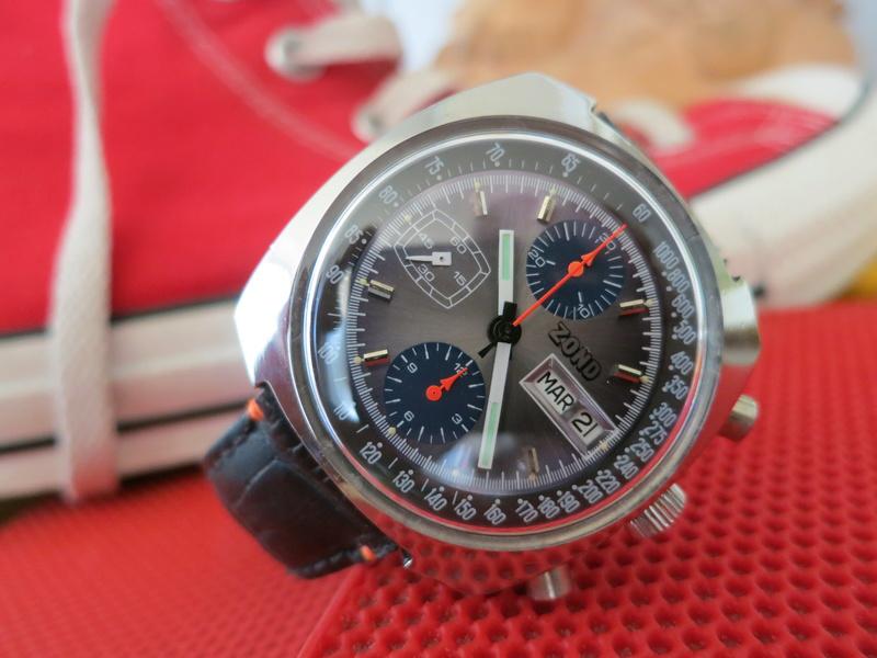 [REVUE] Un chrono haut en couleurs - cal. V7750 Img_8614
